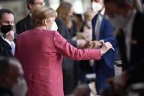 Bundestag beschließt Einheitslockdown – währenddessen löst die Polizei draußen die Demonstration gegen das Gesetz auf