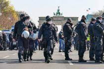 Bilder vom Polizei-Einsatz gegen Corona-Proteste in Berlin