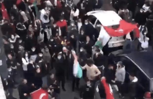 Gelsenkirchen: Antisemitische Sprechchöre vor einer Synagoge – Polizei bleibt untätig