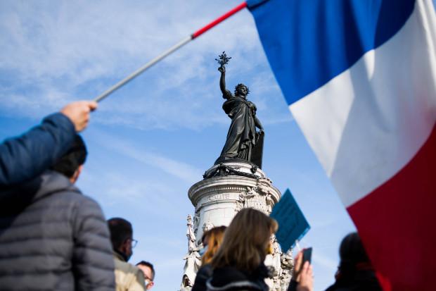 Franzosen wollen wie die Generäle Militär gegen Islamisten einsetzen
