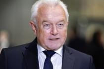 Maskenpflicht: Kubicki fordert Ende, Lambrecht Überprüfung