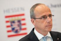 SEK-Frankfurt: Diese Fakten bringen Hessens Innenminister Beuth in Erklärungsnot