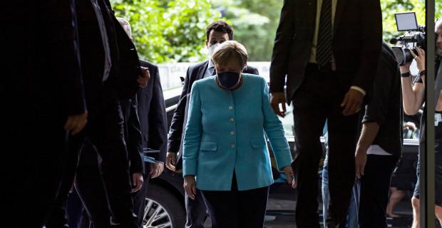 Laschet ist in Merkels