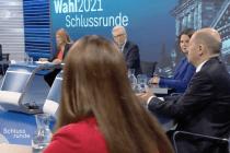 """Scheinbar ausgewogen und doch manipulativ – ARD und ZDF in der """"Schlussrunde"""""""