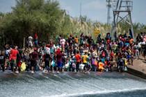 Chaos an der US-Grenze: Bidens unentschiedene Migrationspolitik